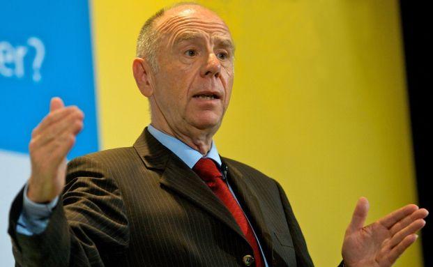 Ex-Arbeitsminister Walter Riester. Foto: Postbank