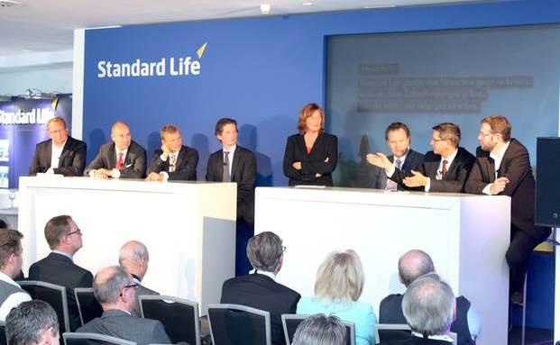 Aktuelle Informationen zu den Brennpunkten in der Versicherungsbranche versprach die Diskussionsrunde beim Standard Life Campus Day. (Foto: Oliver Lepold)