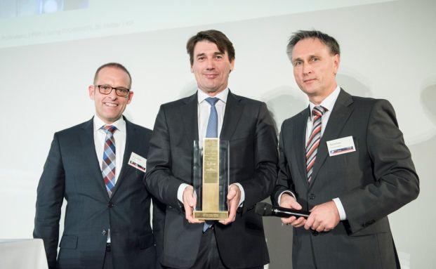 Jörg Richter, Richard Manger von der DZ Privatbank und Ralf Vielhaber. Foto: Stefanie Loos
