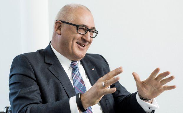Stephan Schinnenburg ist seit April 2014 bei der Ergo Beratung und Vertrieb AG für den Maklervertrieb zuständig. (Foto: Jochen Rolfes)
