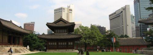 Der Palast Deoksu-gung in der <br> s&uuml;dkoreansichen Hauptstadt Seoul; <br> Quelle: Wikipedia
