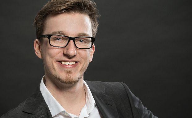 Simon Bühl ist Leiter Versicherung & Vorsorge bei Qualitypool.