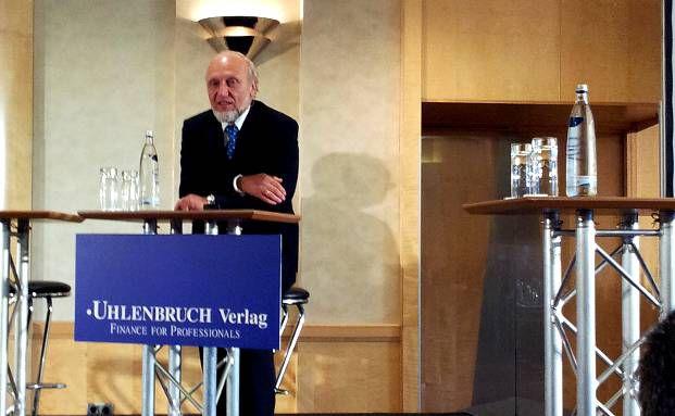 Ifo-Chef Hans-Werner Sinn auf der Tagung des Uhlenbruch-Verlags