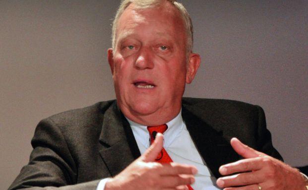 Medienexperte Michael Spreng im Gespr&auml;ch &uuml;ber das Image- <br> problem der Finanzbranche