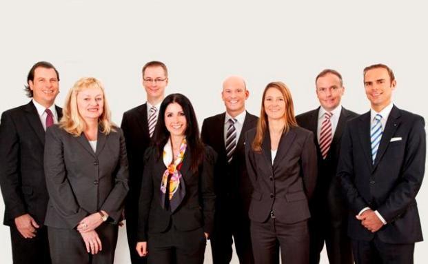 Das Team der Value Experts (Valexx AG) in Hannover. <br>Niederlassungsleiter Mirko Albert (rechts) blickt auf eine lange <br>Karriere in Großbanken zurück, bevor er in die freie <br>Vermögensberatung wechselte.