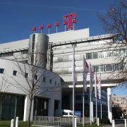 Die Zentrale der Deutschen Telekom <br> in Bonn; <br> Die Telekom-Aktie wird voraussichtlich <br> eines der Top-Werte im Portfolio