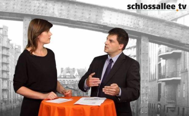 Lacuna Vorstand Thomas Hartauer im Gespräch mit DAS INVESTMENT Redakteurin Astrid Lipsky