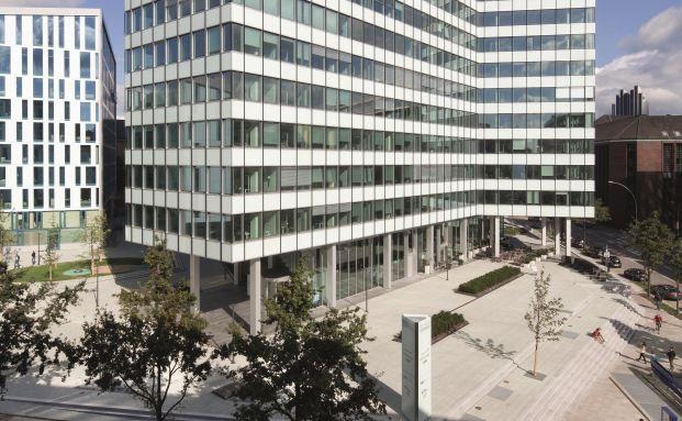 Emporio-Gebäude in Hamburg: Hier residiert Union Investment Real Estate, die vier der elf größten verbliebenen offenen Immobilienfonds verwaltet. Zudem ist das Emporio Fondsobjekt im UniImmo Deutschland.