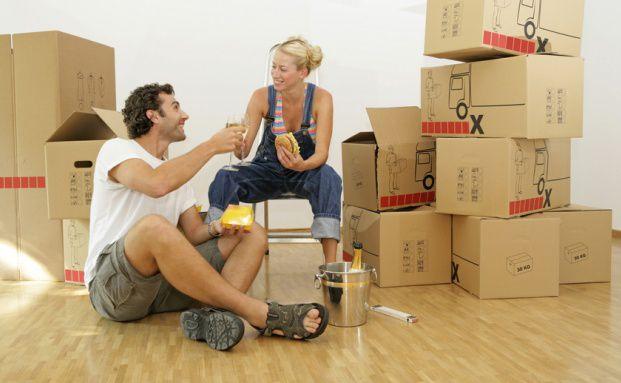finanzfrage der woche was ist bei der ersten gemeinsamen wohnung zu beachten das investment. Black Bedroom Furniture Sets. Home Design Ideas