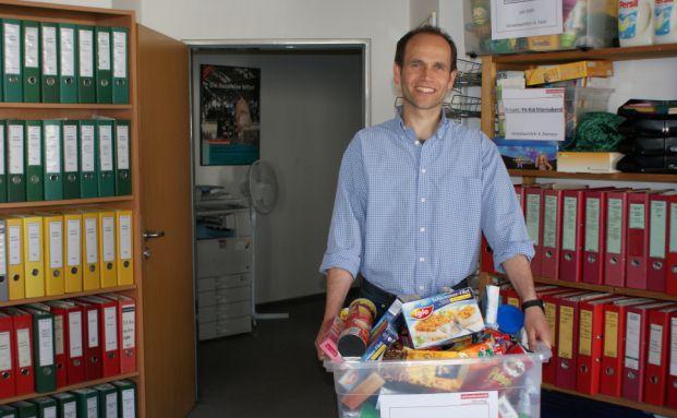 Armin Valet von der Verbraucherzentrale Hamburg beobachtet<br>Lebensmittelpreise (Foto: DAS INVESTMENT.com)
