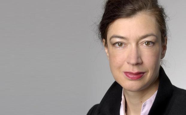 Veronika Simons, DEVK