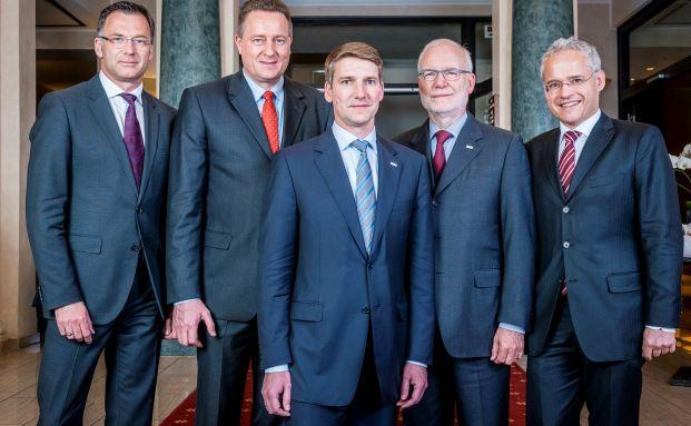 Der VuV-Vorstand (v.l.): Thomas Buckard, Uwe Eilers, der neue Vorstandschef Andreas Grünewald, Peter W. Kolberg, Martin Wiegelmann