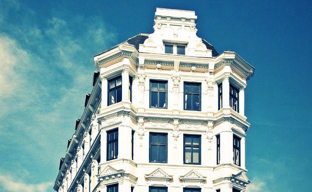 Immobililenkäufer können sich mit sogenannten Forward-Darlehen die aktuell niedrigen Zinssätze sichern. Foto: eritropel / photocase.com