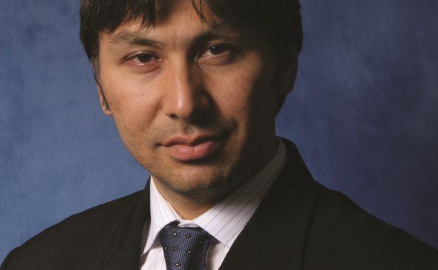 Yerlan Syzdykov ist Leiter des Bereichs Schwellenländeranleihen bei Pioneer
