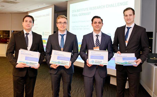 Das Gewinner-Team: Maziar Karimi, Kai Lawrenz, Oleg Sherman und Philipp Lechner (von links) von der Technischen Hochschule Nürnberg. Quelle: CFA Institute