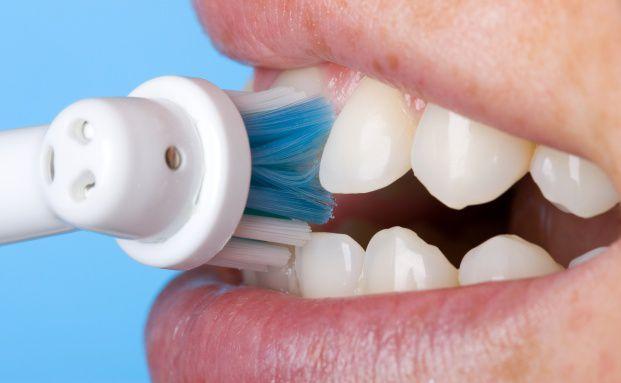 Bei Abschluss Zahnbürste: Ein Fall für die Bafin? Quelle: Fotolia