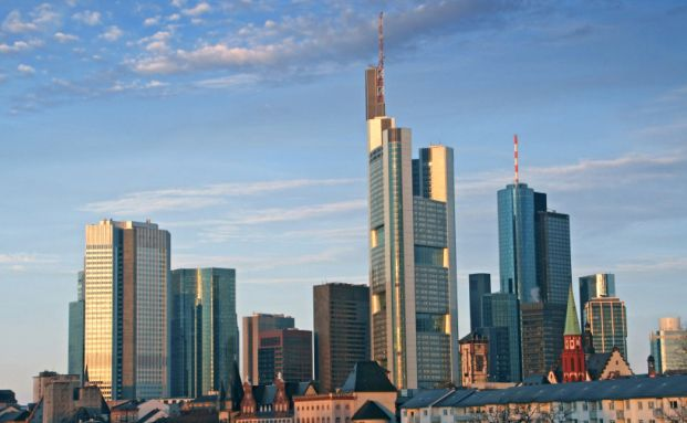 Skyline von Frankfurt: Die Banken ringen mit der Politik um ihre <br> Regulierung, Quelle: istocks