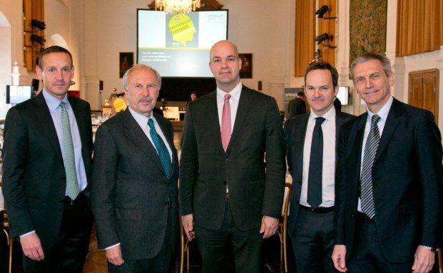 Markus Ploner (Spängler IQAM Invest), Ewald Nowotny (OeNB), Marcel Fratzscher(DIW Berlin), Franz Schellhorn (Agenda Austria) und Josef Zechner (Spängler IQAM Invest)  (Foto: Spängler IQAM Invest)