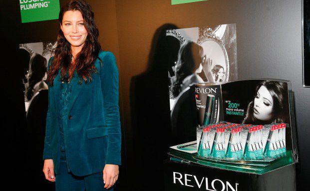 Aktrice Jessica Biel stellt eine neue Kosmetikserie bei <br>Walgreen in New York vor. Die Drogeriekette z&auml;hlt zu den <br>derzeit attraktivsten US-Aktienwerten. Quelle: Gettyimages