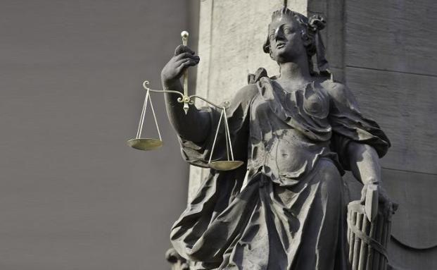 Seit 1934 in Kraft - das Provisionsabgabeverbot für <br>Versicherungsmakler, Quelle: Fotolia