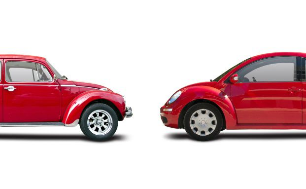 Mehr Sicherheit, mehr Tempo, mehr Komfort: Aus dem VW Käfer wurde der VW Beetle, aus der traditionellen Fondspolice wird die flexible Vermögensverwaltung mit Anlauf- und Ausstiegsmanagement. (Foto: Konstantinos Moraiti/ Fotolia)