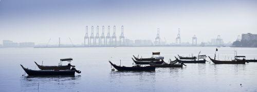 Fischerboote in Malaysia, einer der Anlageregionen<br>des Comgest Promising Companies