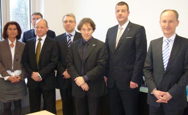 Die Teilnehmer des Roundtables bei Drescher & Cie.