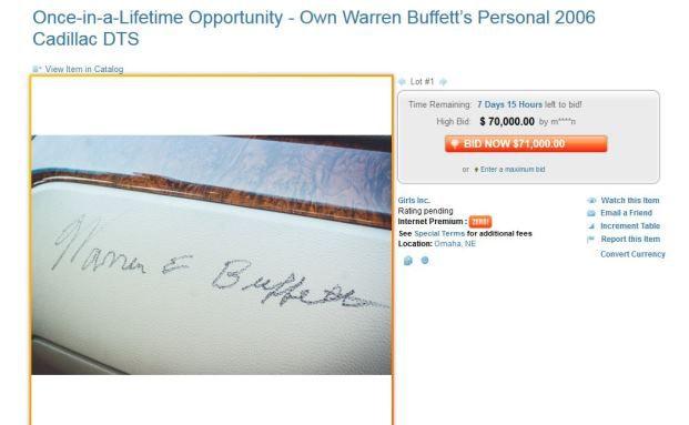 Screenshot der Versteigerung: Buffett hat den Wagen signiert.