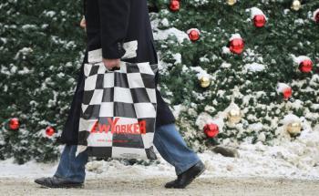 Einkaufsrausch an Weihnachten: Die US-Verbraucherpreise <br> stiegen zuletzt in den USA, so auch der spezielle Weihnachts- <br> Preisindex, Quelle: Getty Images