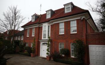 Häuser sind als Sachwert bei institutionellen Investoren sehr beliebt. Foto: Getty Images