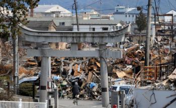 Trümmer um den Hachiman-Schrein in Yamada Town.<br>Foto: Getty Images