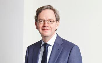 Steven Maijoor leitet die in Paris ansässige Aufsichtsbehörde European Securities and Markets Authority (ESMA), die auch für den europäischen Fondsmarkt zuständig ist.