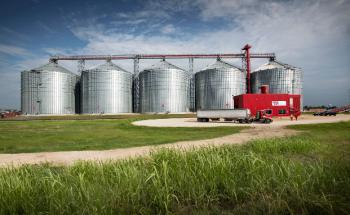 Im Hafen von Port Arthur im US-Bundesstaat Texas betreibt German Pellets einen Lagerstandort für 75.000 Tonnen Holzpellets sowie eine Verladeeinrichtung für das Verladen von Schiffen bis zur Panamax-Größe (zirka 60.000 Tonnen). Foto: German Pellets