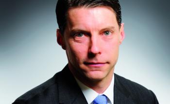 Scott Thiel managt den Rentenfonds BGF Strategic Global Bond Fund