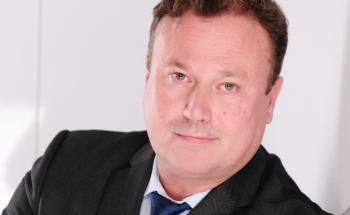 Stephan Michaelis ist Gründer der Hamburger Kanzlei Kanzlei Michaelis Rechtsanwälte.