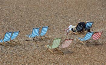 Trotz drohender Zinswende ganz entspannt bleiben: Mit dem richtigen Renten-Strategiefonds im Depot kein Problem. Foto: Getty Images