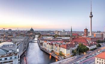 Berlin: Die deutsche Hauptstadt hat noch jede Menge Bedarf beim Wohnungsneubau. (Foto: Marco2811/Fotolia)