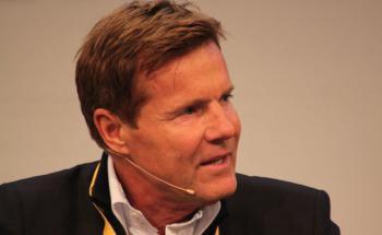 Dieter Bohlen, Deutschlands erfolgreichster Musikproduzent und gleichzeitig das Aushängeschild der VHV Versicherung.