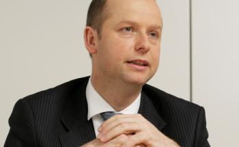 Managt mit dem DWS Aktien Strategie Deutschland einen der besten und beliebtesten deutschen Aktienfonds: Henning Gebhardt