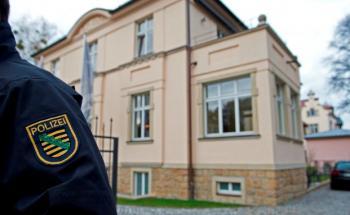 Razzia beim mutmaßlich betrügerischen Dresdner Finanzdienstleister Infinus. Foto: Robert Michael