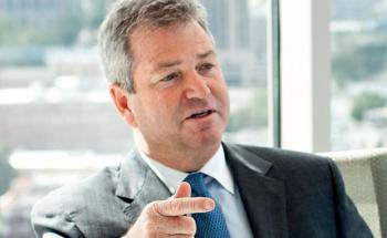 """Martin L. """"Marty"""" Flanagan, ist seit August 2005 CEO der US-amerikanischen Fondsgesellschaft Invesco. Zuvor arbeitete er seit 1983 bei Templeton, nach dem Zusammenschluss mit Franklin 1992 bei Franklin Templeton – zuletzt als Präsident und Co-CEO. Zuvor war Flanagan bei der Wirtschaftsprüfungsgesellschaft Arthur Andersen tätig."""