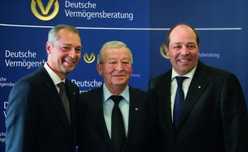 Reinfried Pohl junior, Reinfried Pohl senior und Andreas Pohl (v. links n. rechts). Foto: DVAG