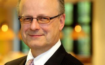 Hartmut Webersinke, Professor an der Hochschule Aschaffenburg und Leiter des neu gegründeten Instituts für Vermögensverwaltung