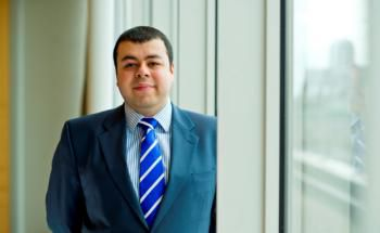 Azad Zangana, leitender Ökonom und Stratege für Europa von Schroders