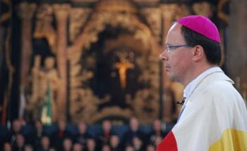 Bischof Stephan Ackermann bei seiner Amtseinführung 2009. <br> Quelle: Bistum Trier