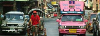 Eine Straße in Bangkok; Quelle: Fotolia