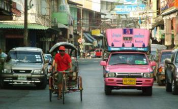 Eine Straßenszene in der thailändischen Hauptstadt <br> Bangkok. Quelle: Fotolia