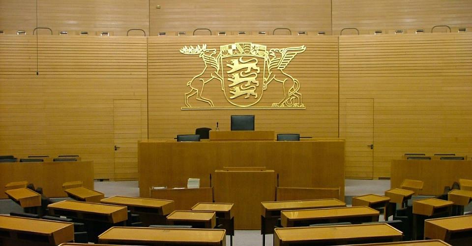 Sparkassenpräsident Peter Schneider zur Wohnimmobilienkreditrichtlinie: Selbst Landtagsabgeordnete sind nicht kreditwürdig