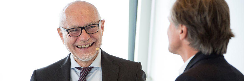 Top-Speaker Prof. Dr. Dr. Udo Di Fabio im Gespräch mit Herausgeber Peter Ehlers|© Christian Scholtysik, Patrick Hipp