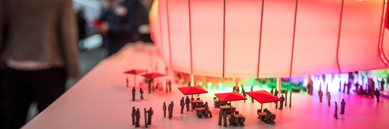 Modell eines Gebäudes auf der Expo Real in München|© Messe München